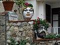 Blumentöpfe in Taormina.jpg