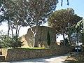 Bormes-les-Mimosas - Château des seigneurs de Fos.jpg