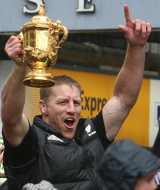 Brad Thorn - Thorn with the William Webb Ellis Cup