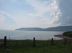 Bratsk Reservoir View 2007.jpg