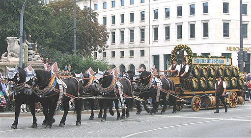Brauereiwagen Augustinerbraeu-1