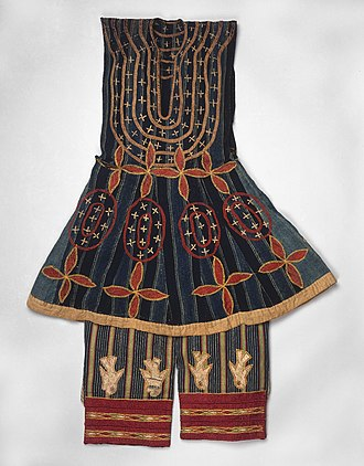 Fon people - Image: Brooklyn Museum 22.1500a b Robe Kansawu and Trousers from 3 Piece Royal or Noble Costume