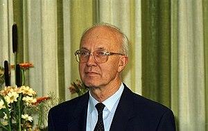 Helmut Schlesinger - Helmut Schlesinger