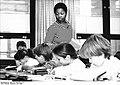 Bundesarchiv Bild 183-1986-0611-010, Güstrow, Pädagogikstudentin aus Mocambique.jpg