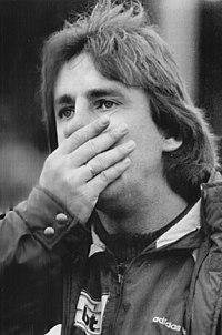 Bundesarchiv Bild 183-1990-1201-011, Fußballtrainer Uwe Reinders