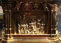 Busto-reliquiario di san servazio, in rame dorato con gemme, 1580 ca., storie 08.jpg