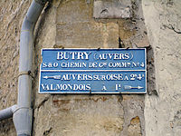 Butry-sur-Oise - Plaque de direction.jpg
