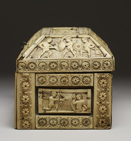File:Byzantine - Casket with Images of Cupids - Walters 71298 - Left Side.jpg