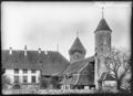 CH-NB - Estavayer-le-Lac, Château Chenaux, vue partielle extérieure - Collection Max van Berchem - EAD-6885.tif