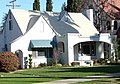 California Bungalo on Brookside, Redlands, CA 3-2012 (6979585775).jpg