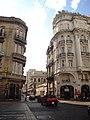 Calle Defensa y la Avenida Independencia, San Telmo, Buenos Aires (2).jpg