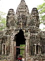 Cambodia 08 - 102 - Angkor Thom - Entrance Gate (3228053065).jpg