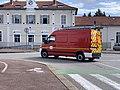 Camion de pompiers en bas de l'avenue Brillat-Savarin à Belley face à l'ancienne gare.jpg