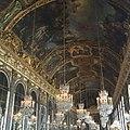 Candiles en Palacio de Versalles.jpg