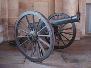 "Twelve-pound cannon - The French canon-obusier model 1853 ""Canon-obusier de campagne de 12 modèle 1853 Le Hangest"". Bronze, founded in Strasbourg in 1853. Caliber: 121 mm. Length: 1.91 m. Weight: 626 kg (with carriage: 1200 kg). Metal ball or explosive shell 4.1 kg."