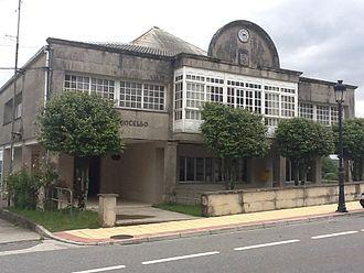Dozón - Image: Casa do Concello de Dozón