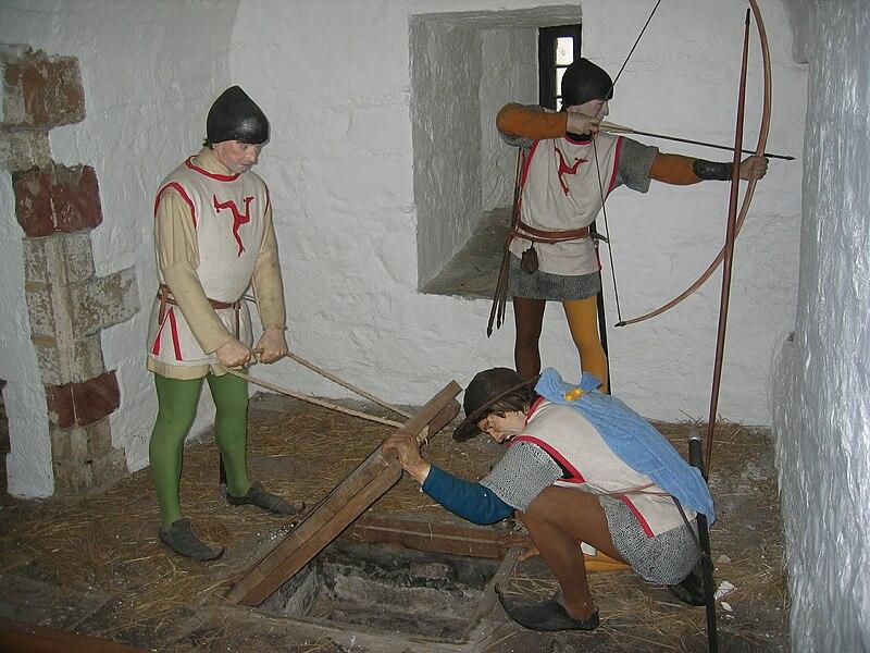 File:Castle Rushen Portcullis Chamber.jpg