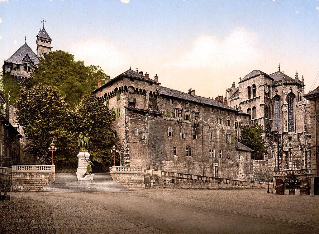 Château et monument Maistre à Chambéry, France.
