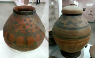 Cemetery H culture - Painted pottery urns from Harappa (Cemetery H period)