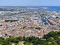Centre-ville de Sète depuis le Mont Saint-Clair (été 2018).JPG