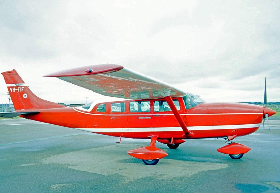 Cessna 206 - Howling Pixel