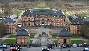 Charles Honoré d'Albert, duc de Luynes - Château of Dampierre-en-Yvelines: domesticated Baroque built for the duc de Chevreuse by Jules Hardouin Mansart.