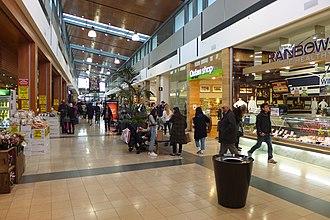 Chadstone Shopping Centre - GF shops to Chadstone SC Bus Interchange