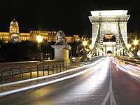 Chain bridge by night Budapest.jpg