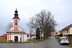 Chapel of Virgin Mary in Radošovice 03.jpg