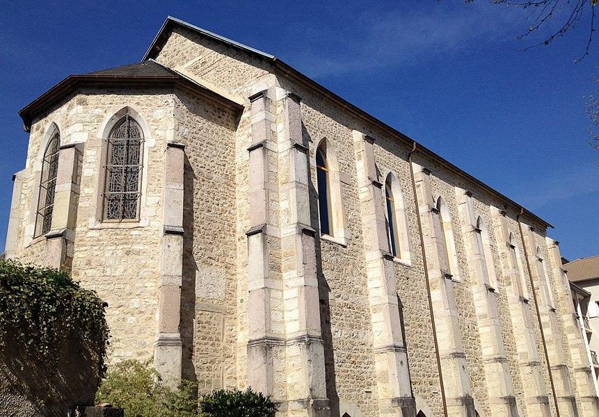 Chapelle du petit séminaire de Meximieux, aujourd'hui bibliothèque municipale.