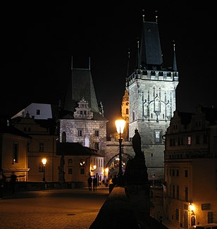 Charles Bridge tower on the side of Mala Strana at night ver2.jpg