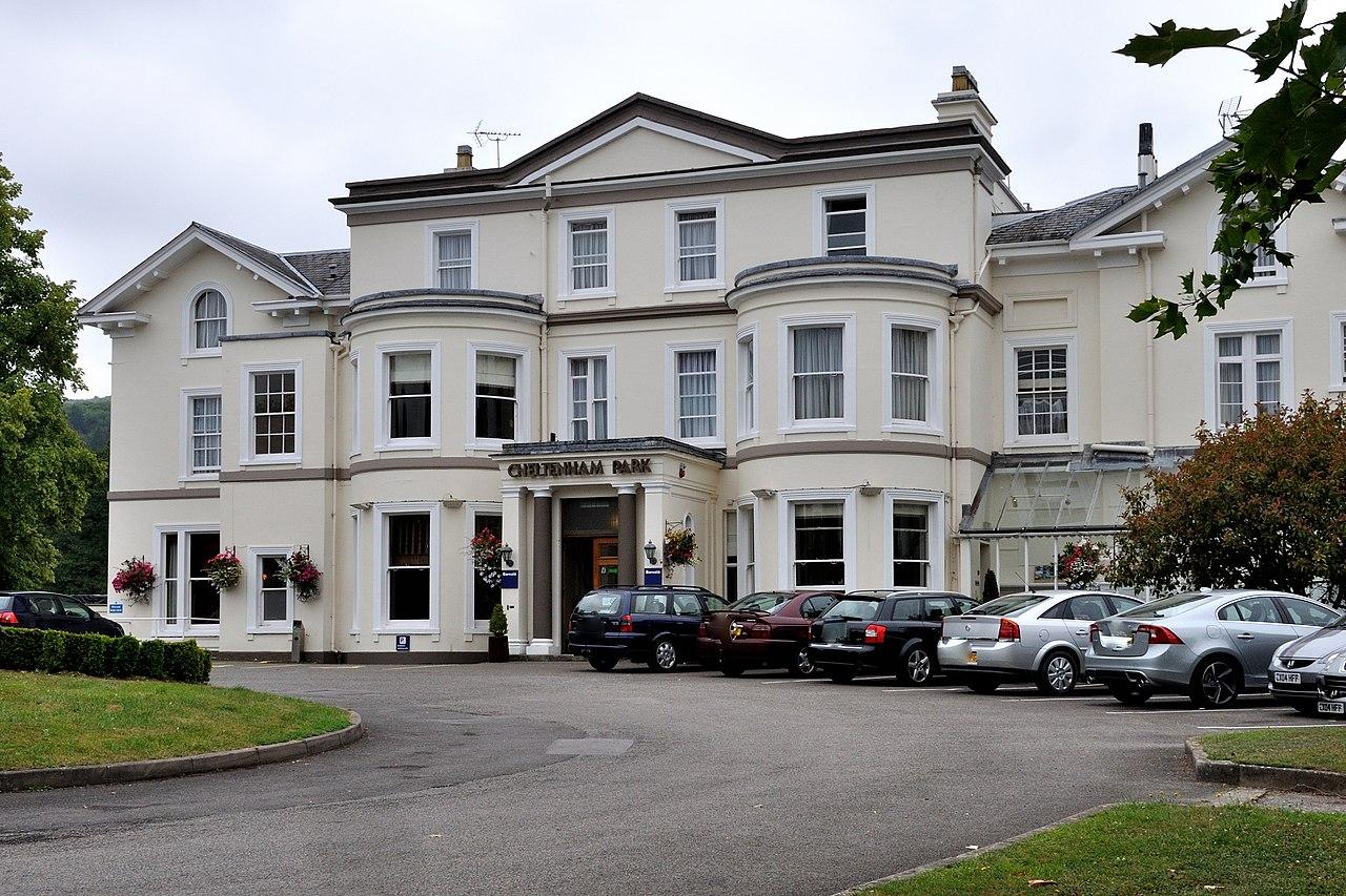 Hotel On The Park Cheltenham