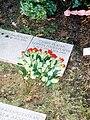 Chris Platin grave 2008.jpg