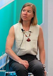 height Christie Aschwanden