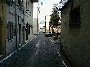 Un vicolo nel centro storico di Cisterna
