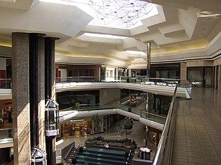 Columbus City Center Former mall in Columbus, Ohio