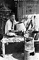 Collectie NMvWereldculturen, TM-10014624, Repronegatief- 'Toekan Kaleng op de markt te Fort de Kock.', fotograaf onbekend, 1900-1940.jpg