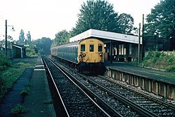 Coombe Road railway station (1983) 05.JPG