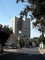 Corner Gruzenberg an Kalishcher st. Tel Aviv - panoramio.jpg