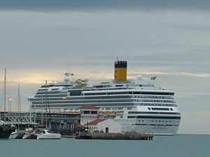 Cruise Ship Costa Concordia in the Port of Málaga - December 2010.jpg