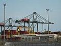 Déplacement de containers maritimes.jpg