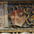 Dürer Allerheiligenbild Rahmen Wappen Landauer 2.jpg