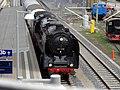 Dampflok 01118 Sinsheim Einfahrt vorne Dach.jpg