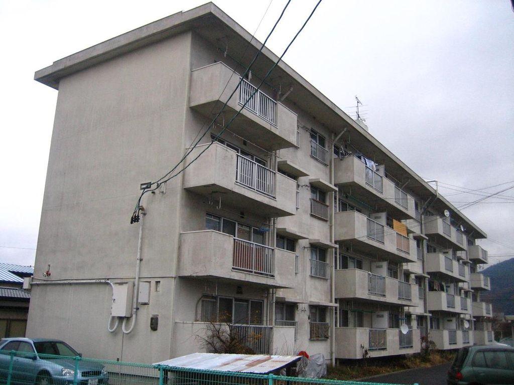 FileDanchi Building In AizuwakamatsuJPG Wikimedia Commons - Small apartment buildings