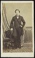 Delahaye & Sluyts - carte de visite, Portret van een jongeman, staand.tif