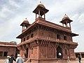 Diwan-i-Khas,(The Jewel House), Fatehpur Sikri, Agra.jpg