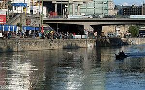 Donaukanaltreiben 2012 01.jpg