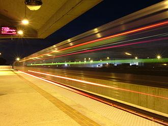 Doraville station - Image: Doraville MARTA station at night