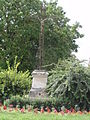 Douchy (Aisne) croix de chemin.JPG