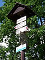 Drahanské údolí, rozcestník u Vltavy.jpg